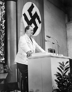 Hermann_Goering_addressing_the_Reichstag