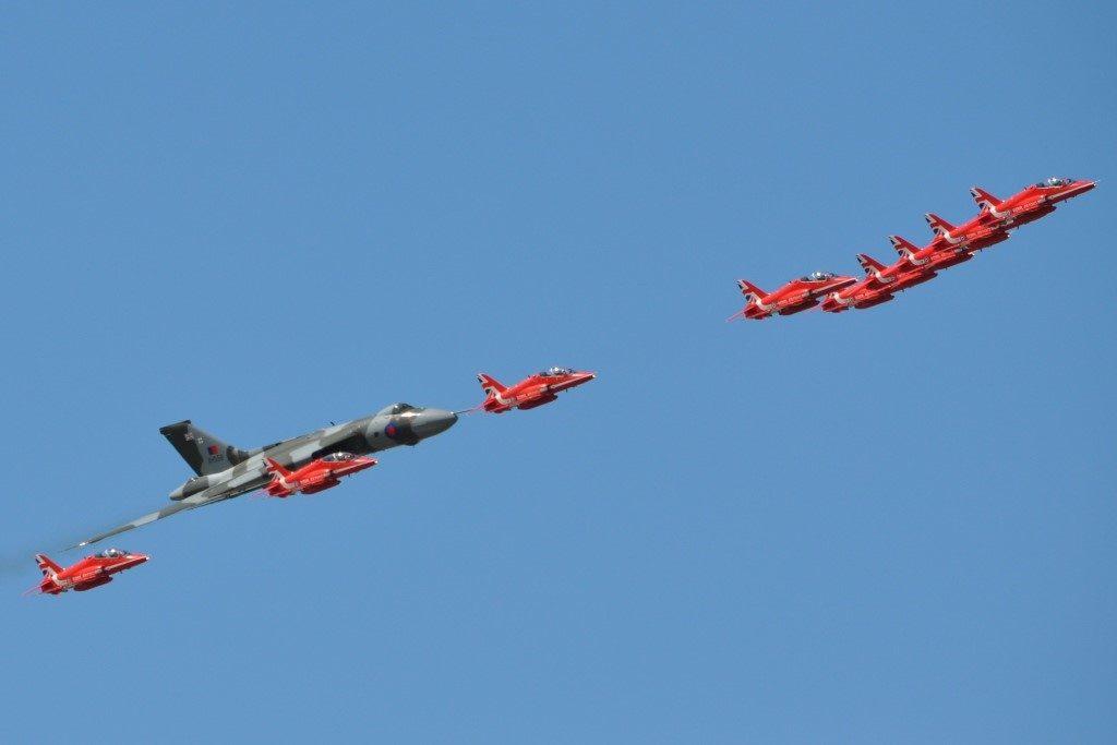 Vlucan XH558's final UK display flight